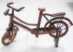Miniatur Sepeda Kayu