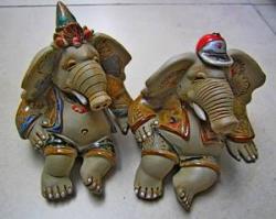 Gajah Keramik (005)